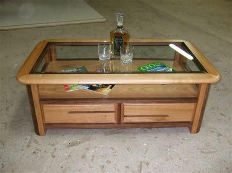 table basse salon merisier table basse en bois de merisier et noyer dessus en verre livraison 224 antibes sur la c 244 te d azur