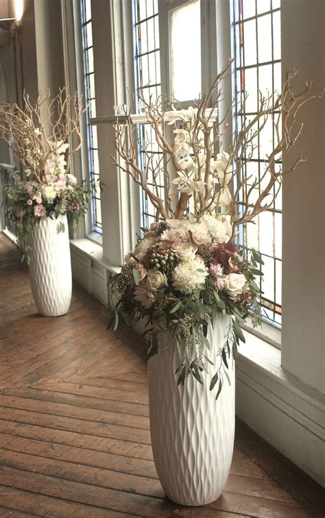 Floor Vase Flower Arrangements by 17 Best Ideas About Vases On Vases