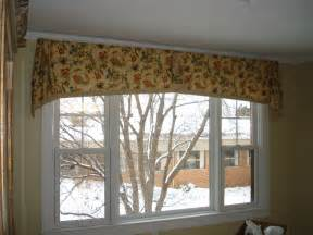 Livingroom Valances 301 Moved Permanently