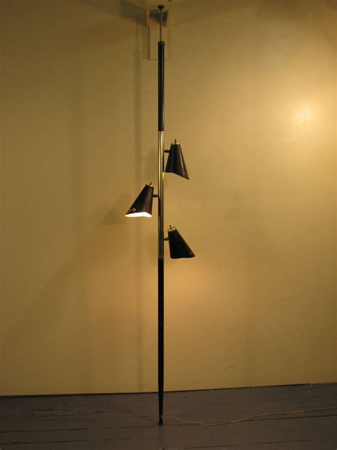 Mid Century Modern 1960 S Floor To Ceiling L Floor To Ceiling Lights