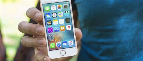 new iphone se is coming in early 2018 rumor says