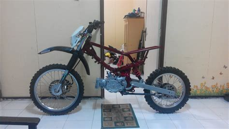 Motor Trail Yamaha Yz85cc Se by Modifikasi Yamaha F1zr Trail Adventure Hnd24motobike