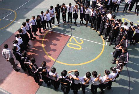 imagenes de simulacros escolares mantener orden sin descuidar rapidez en evacuaci 243 n piden