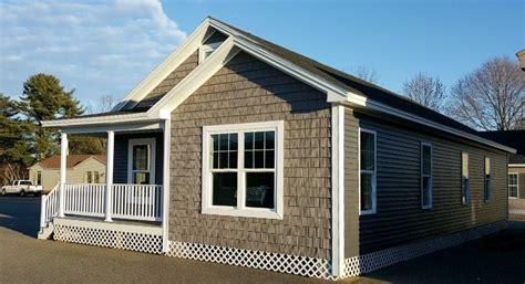 ritz craft porch model showcase homes of maine bangor me