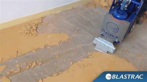 togliere colla piastrelle rimozione pvc linoleum e piastrelle con blastrac