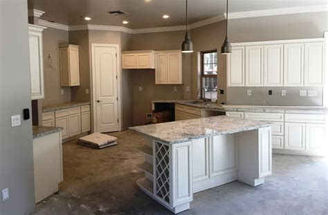 white maple kitchen cabinets antique white maple glazed kitchen cabinets