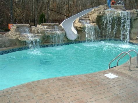small swimming pool cost 25 best ideas about fiberglass pool prices on pinterest