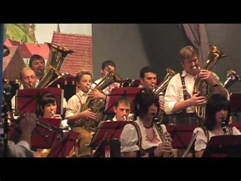 Instan Luris Polka willkommen polka chords chordify