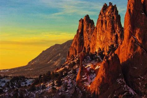 Garden Of The Gods Shuttle The 10 Coolest Things To See Do In Colorado Springs