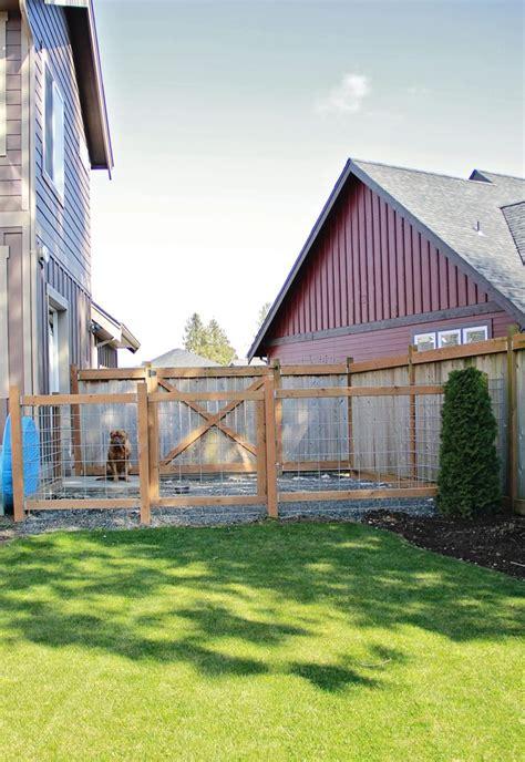 building a dog run in backyard 25 best ideas about backyard dog area on pinterest