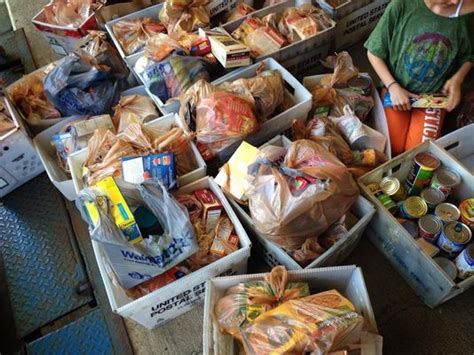 Hamilton County Food Pantry by Need For Food Aid Grows As Donations Drop