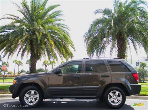 2005 jeep grand khaki 2005 khaki pearl jeep grand laredo 38622646
