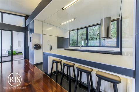 kitchen cabinets gold coast 7 reasons to choose rjs kitchens joinery for your next