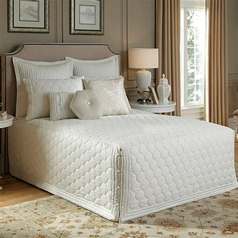 bed bath and beyond lexington buy nostalgia home 174 lexington full fitted bedspread in ivory from bed bath beyond