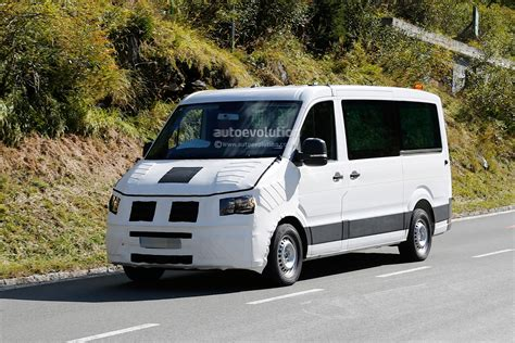 volkswagen crafter 2017 spyshots 2016 2017 volkswagen crafter takes after the