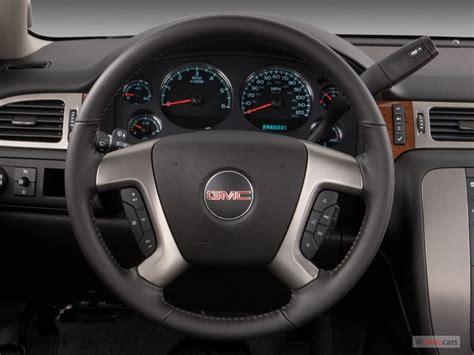 gmc sierra steering wheel light replacement how to remove steering wheel cover on a 2005 gmc sierra