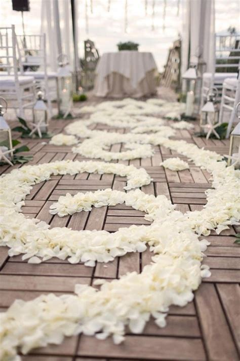 Wedding Aisle Runner Ideas by 20 Wedding Aisle Runners Ideas Will Make Your Wedding More