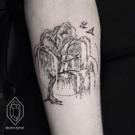 weeping willow tree tattoo 25 best willow tree tattoos ideas on weeping