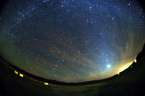 Meteor Shower Time by Orionid Meteor Shower 2014 Catch Shooting From