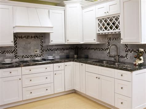 Antique Kitchen Hardware For Cabinets by White Shaker Kitchen Cabinets White Shakerwhite Shaker