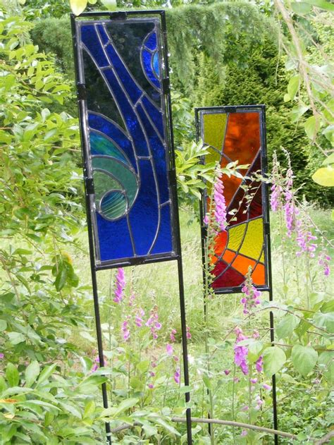 dscf2738 jpg stained glass garden pots outdoors - Stained Glass Garden