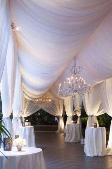 ideas para decorar un salon con telas una gran y elegante decoracion de salones con telas