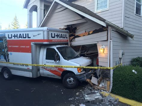 u haul driver crashes into edmonds garage dui suspected