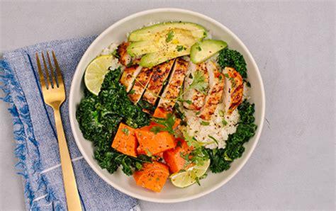To Market Bowl Snacks by Paleo Chicken And Veggie Bowl With Cauliflower Rice