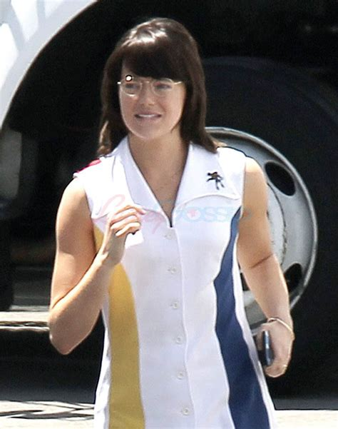 Emma Stone Billie Jean King | emma stone in costume as billie jean king on set of battle