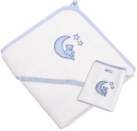 kinderbettwasche mond und sterne kapuzenhandtuch mond und sterne hellblau mit waschhandschuh