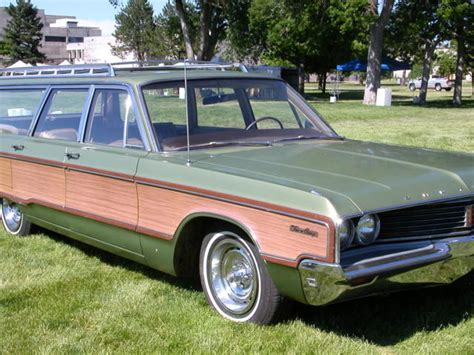 Chrysler Town And Country Wagon by 1968 Chrysler Town And Country Station Wagon 440 Mopar