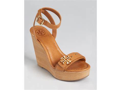 Sendal Wedges Sendal Wanita Ss09 lyst burch sandals elina wedge in black