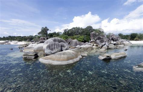 lokasi pembuatan film laskar pelangi foto pantai tanjung 8 lokasi syuting film di indonesia yang punya pemandangan