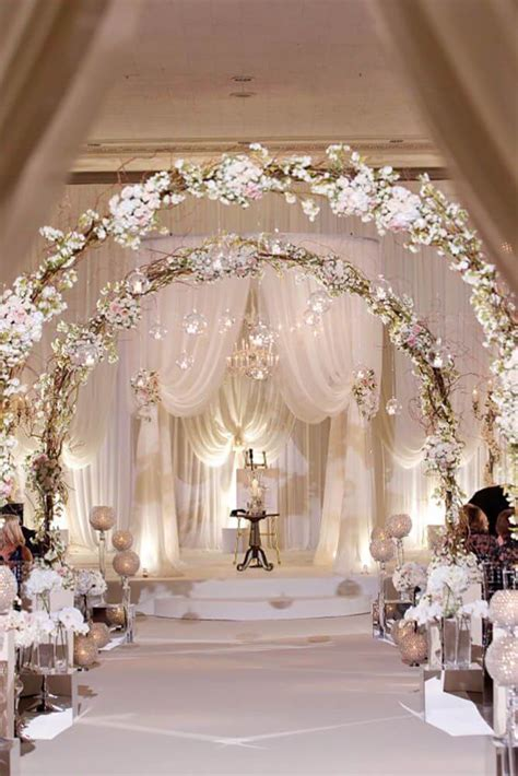 32  Unique and Breathtaking Wedding Backdrop Ideas   CueThat