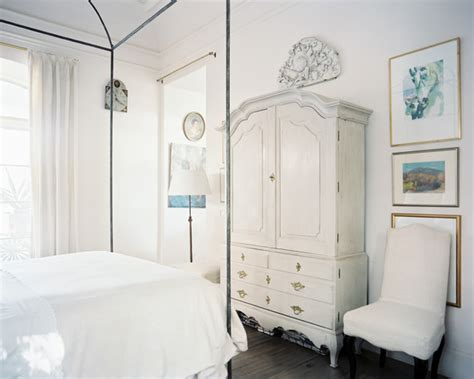 home decorating ideas via lonny magazine s january vintage bedroom photos 48 of 102 lonny
