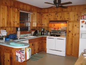 Home Decorating Dilemmas Knotty Pine Kitchen Cabinets Decorating Ideas For Tracy S Knotty Pine Kitchen Readers Chip In Retro Renovation