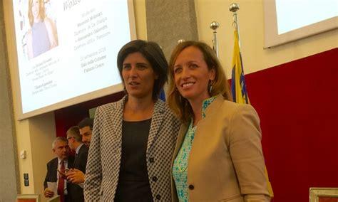 consolato americano trieste grounds nel nord italia per discutere di donne e