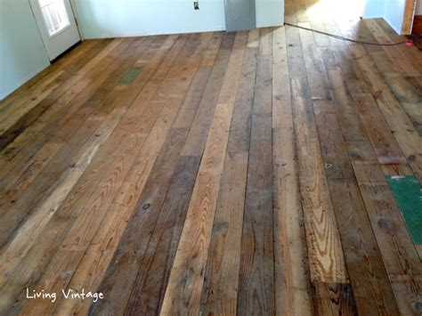 Vintage Pine Flooring by Pine Flooring Home Pictures To Pin On