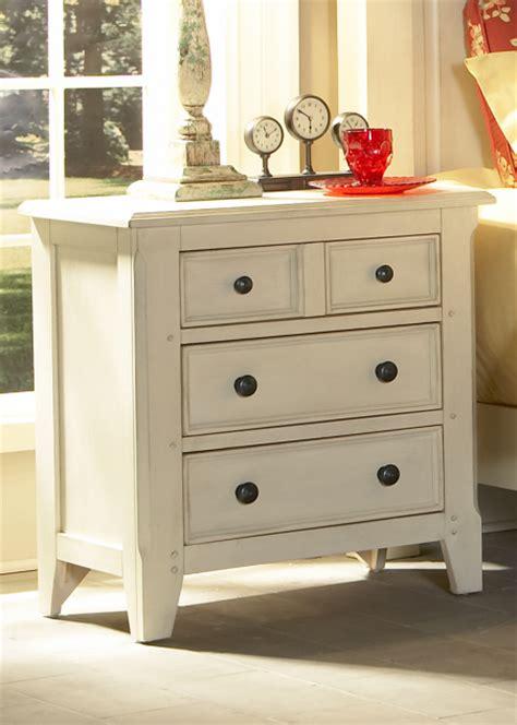 cape cod style bedroom furniture wardrobe design wardrobes and wardrobe room on pinterest