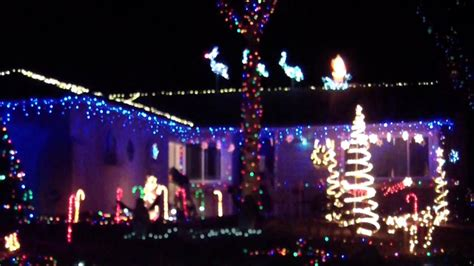 my christmas lights 2012 synchronized to music via mr