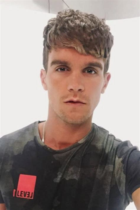 gary beadle hairstyle gaz beadle shocks fans with brand new hairstyle amid