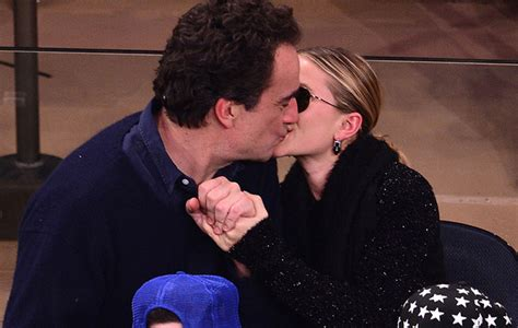 ashley olsens boyfriend is even older than mary kates ashley olsen reportedly dating older man too who is he