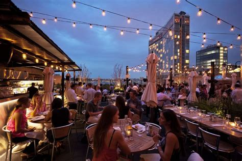 rooftop dinner enjoy fancy rooftop dining in nyc for food above the fray