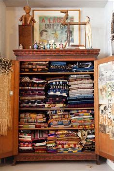 Armoire Quilts by Quilt Room Quilts Batting On Quilt Racks