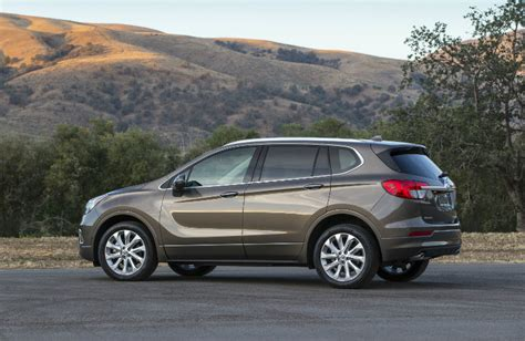 2017 buick envision named top safety winner by iihs