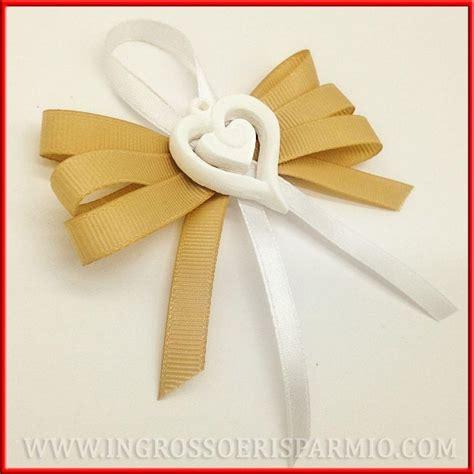 segnaposto tavoli matrimonio idee gessetti segnaposto matrimonio nastro e cuore