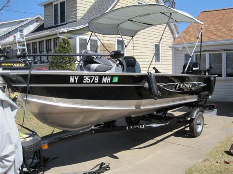 bimini top on tiller boat lund 16 classifieds buy sell trade or rent lake