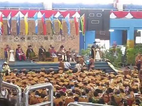 Of Hawaii Mba Vs Hawaii Pacific Mba by 2015 Mba Graduation Ceremony At The Of The