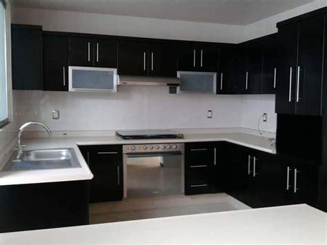 cornisas cocina cornisas de madera para muebles de cocina amazing