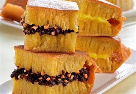 resep membuat martabak hitam resep cara membuat martabak bogasari manis spesial